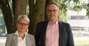Vararehtori Heidi Ahokallio-Leppälä ja rehtori Pertti Puusaari