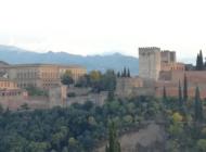 Tapaksia ja poskisuudelmia – yhteistyötä rakentamassa Espanjassa